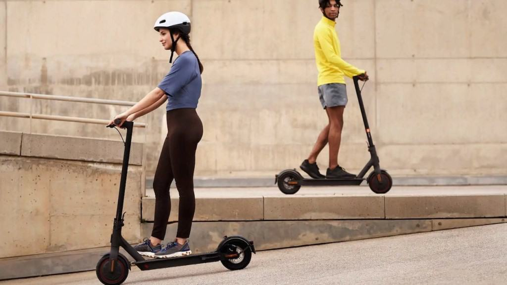 best electric scooter under 300 usd guide