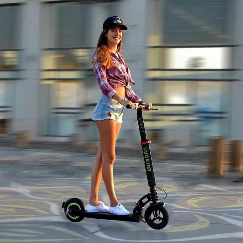 inokim light 2 girl riding
